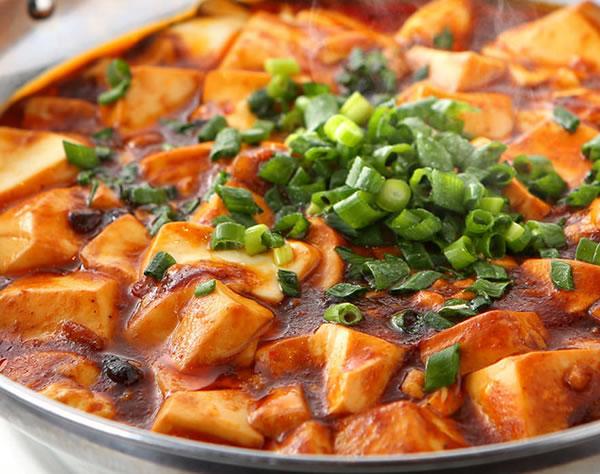 四川マーボ豆腐から揚げ定食